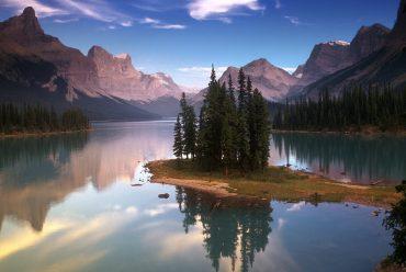 加拿大旅游 约会落基山