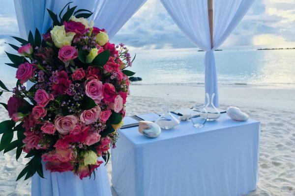 马尔代夫薇拉私密海岛-永恒之爱婚礼