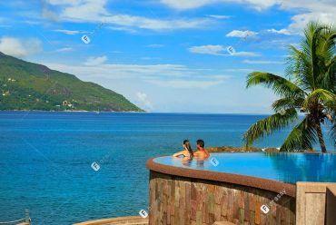 塞舌尔诺斯霍尔摩希尔顿度假酒店 无边际泳池