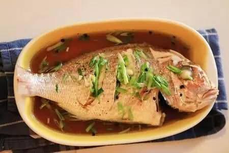 塞舌尔美食红鲷鱼